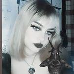 Whitney Shapiro - @shapiro_666 - Instagram